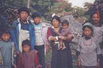 Hôn nhân ở vùng đất lạ kỳ: Một chị vợ 5-7 anh chồng, chuyện ái ân phải xếp lịch chia ca để công bằng