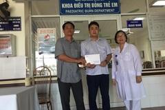 Bé Trần Hùng Mạnh bỏng điện được ủng hộ hơn 30 triệu đồng