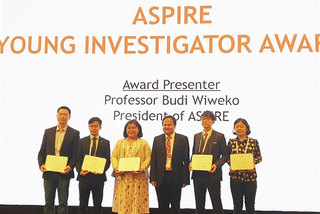 Vietnamese doctors win 2 awards at Asian conference