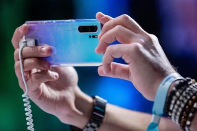 Huawei nhận thêm tin xấu từ nhà mạng lớn nhất Nhật Bản