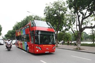 HCM City to pilot double-decker buses for visitors