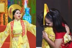 Thí sinh bật khóc vì được Việt Trinh ôm chầm thán phục