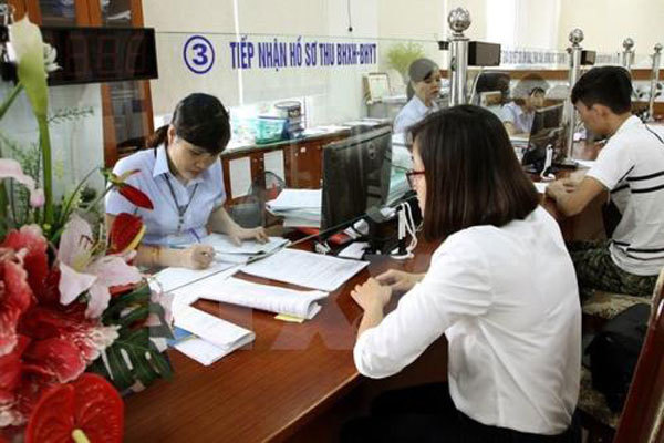 Thousands of civil servants and public employees fail to complete tasks: home affairs ministry