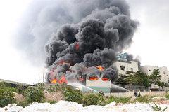 Fire destroys sticky-tape factory in Binh Duong