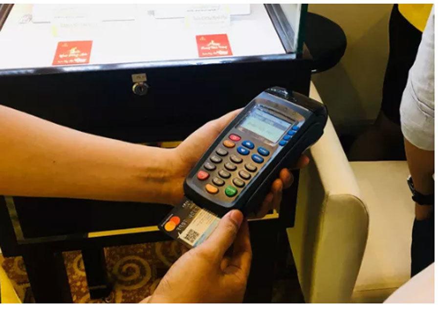 thẻ tín dụng,lãi suất,ngân hàng