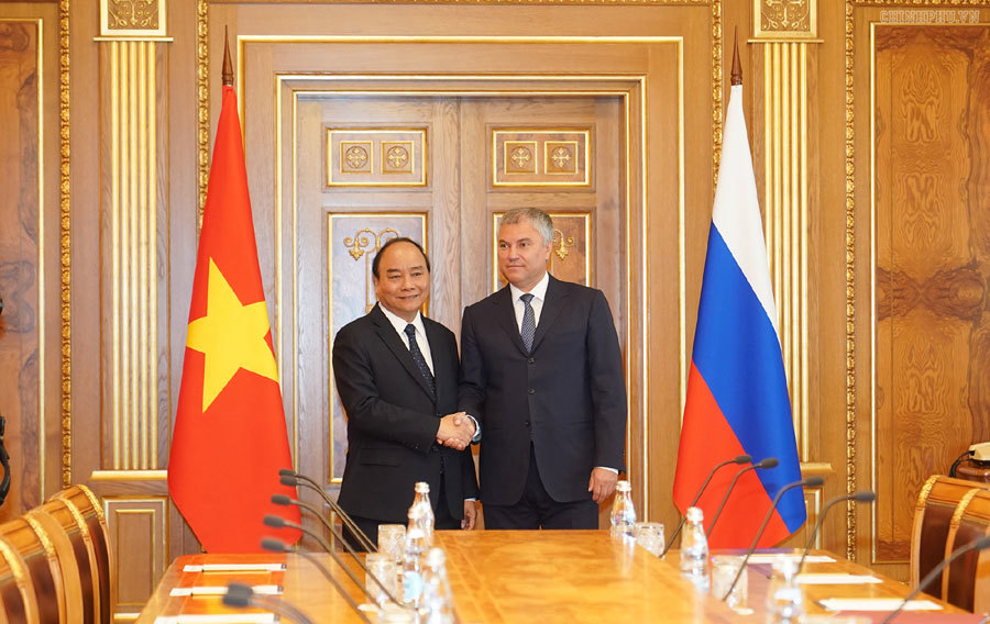 Thủ tướng hội kiến Tổng thống và Chủ tịch Duma Quốc gia Nga