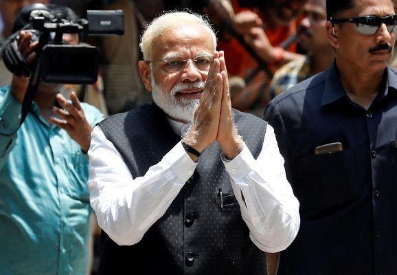 Thủ tướng Ấn Độ cam kết 'xây dựng đất nước hùng mạnh'