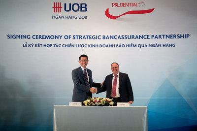 Mua bảo hiểm nhân thọ Prudential ở ngân hàng UOB Việt Nam