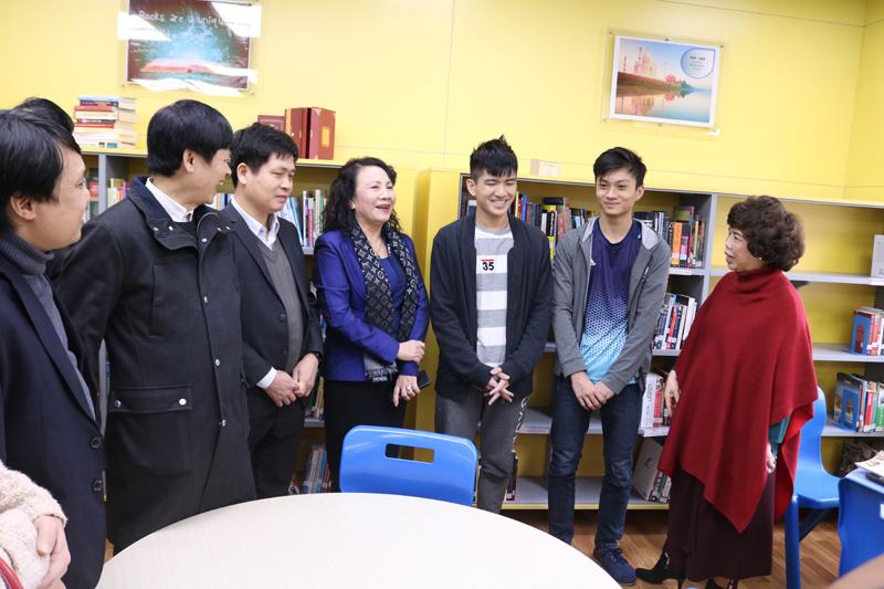 Tiếng rao của bà đưa nam sinh Hà Tĩnh tới Washington với học bổng 260.000 USD