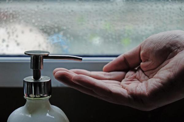 Chạm vào 9 đồ vật này mà không rửa tay, bạn có thể gặp 'họa' lớn