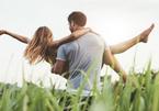 Chàng trai trẻ nhận 'kết đắng' khi bế bạn gái 70kg để tỏ tình
