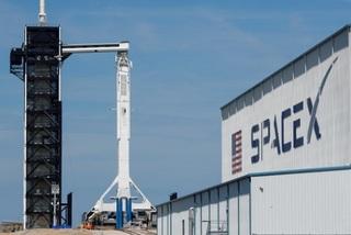 SpaceX phóng 60 vệ tinh, tham vọng phủ sóng internet toàn cầu