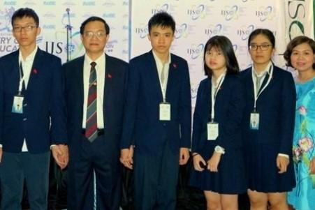 Nam sinh Việt Nam đầu tiên giành điểm số tuyệt đối 1600 ở bài thi SAT 1