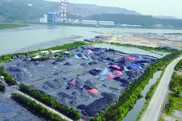 Polluted Dien Vong River threatens Ha Long Bay