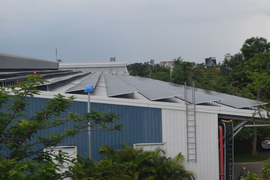 VN businesses save money by renting solar power systems