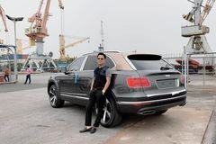 Đại gia Hoàng Kim Khánh tậu xe sang Bentley Bentayga V8
