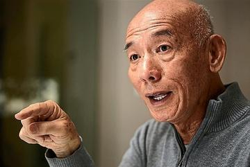 Cha đẻ của loại tương ớt 'thần thánh' thống trị thế giới là người Việt