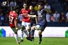 Buriram 1-0 Muangthong: Đồng đội hại Văn Lâm (H2)