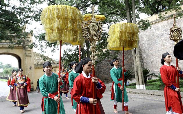Exhibition on Doan Ngo festival opens in Hanoi