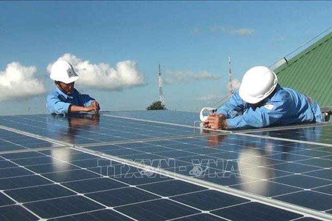 Solar power plants exert pressure on power grid