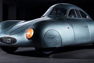 """Chiếc xe hơi cũ rích nhưng được giới siêu giàu """"thèm muốn"""" giá cả trăm tỷ đồng"""