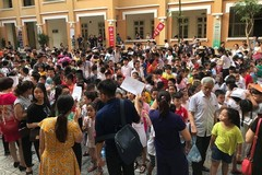Cuộc thi 'tầm quốc tế' bị phàn nàn tổ chức... như cái chợ