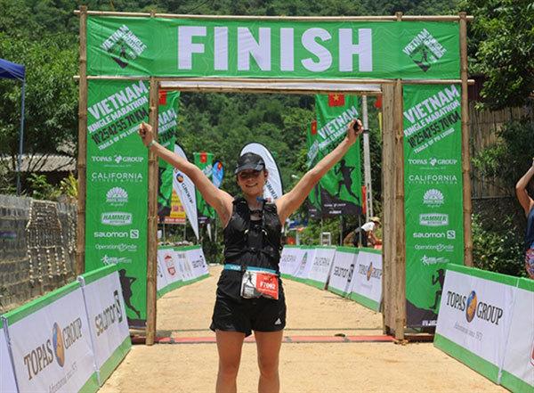 Hisashi Kitamura and Veronika Vadovicova win the Vietnam Jungle Marathon