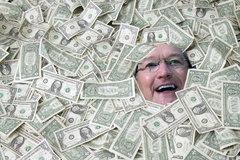 Mơ vay tiền ngân hàng thế giới, đại gia bị lừa cú đau