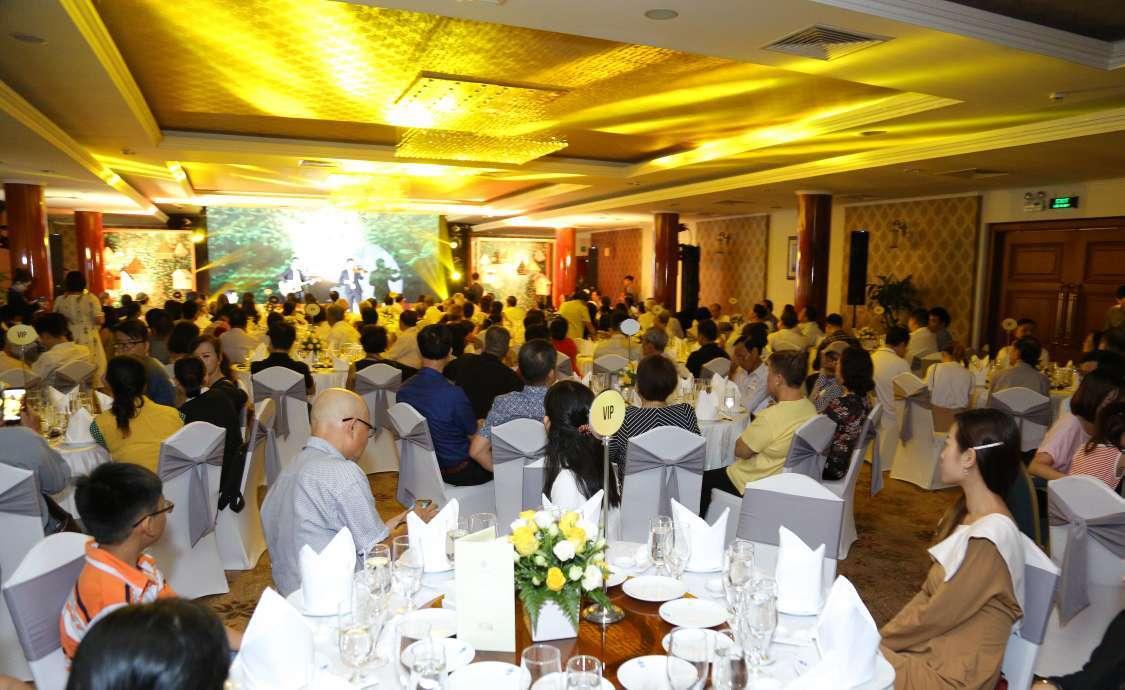 300 khách nghe diễn giả Singapore chia sẻ về phong thủy long mạch