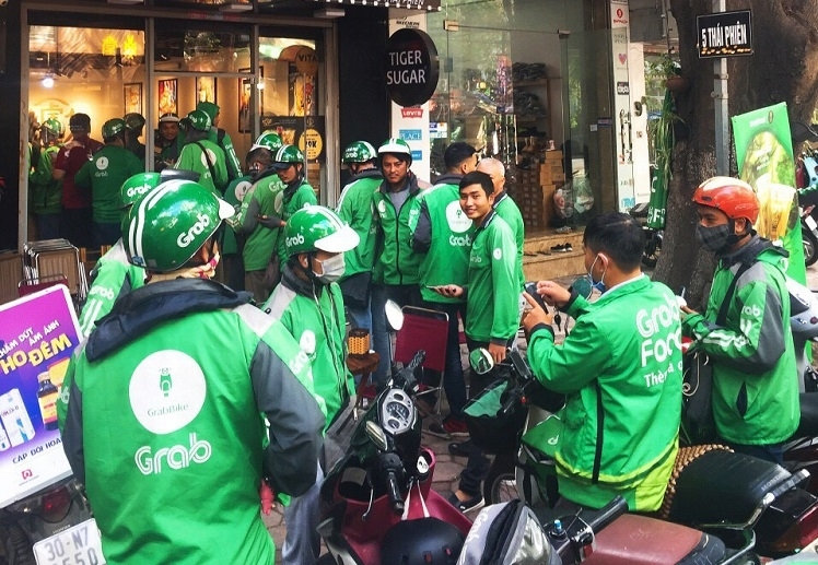 Fierce race in Vietnam's food delivery market: The game really ends?