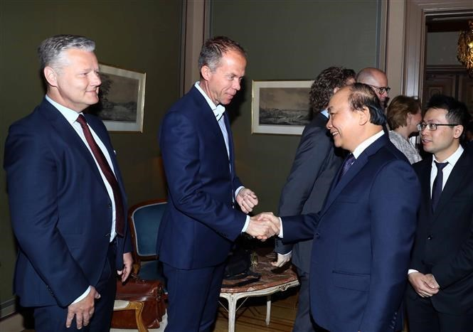 PM meets leaders of Swedish conglomerates