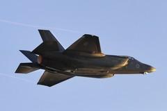Chiến cơ bị nã tên lửa, Israel bắn phá căn cứ Syria