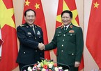 Vietnamese, Chinese defence ministers hold talks in Hanoi