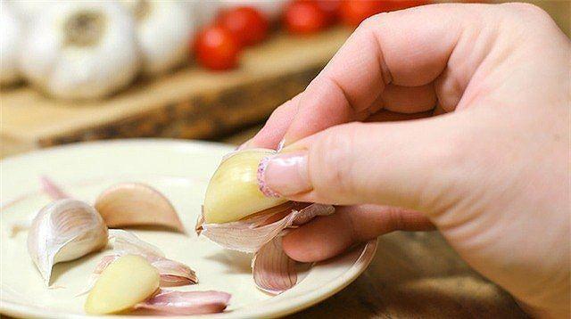 Những người cấm kỵ tuyệt đối với tỏi, ăn có thể mất mạng