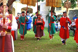 Traditional celebration of Doan Ngo festival reproduced