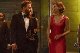 Charlize Theron vào vai ngoại trưởng Mỹ trong 'Yêu nhầm sếp bự'