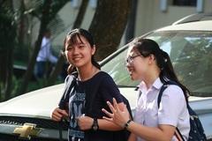 Đề thi môn Toán vào lớp 10 Trường THPT Chuyên Sư phạm: Giảm nhẹ độ khó
