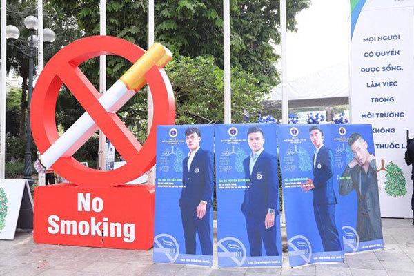 Quang Hải, Tiến Dũng, Văn Hậu kêu gọi 'Nói không với thuốc lá'