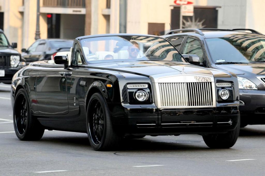 Dàn xe của các huyền thoại MU, từ 'xe cỏ' đến xế triệu USD