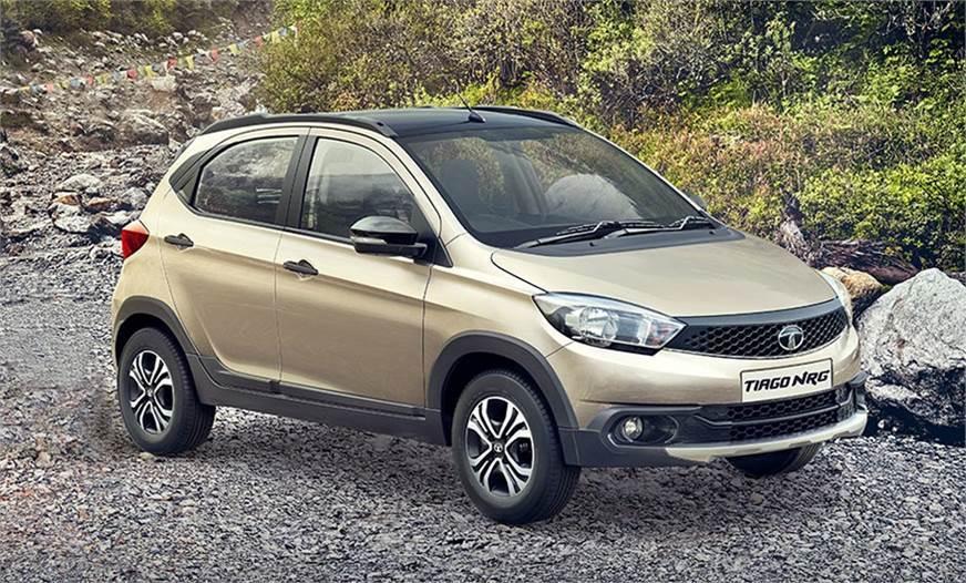 Ô tô Tata Tiago số tự động mới, giá hơn 200 triệu
