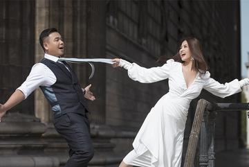 Đạo diễn 'Cua lại vợ bầu' tổ chức đám cưới trong khách sạn 6 sao