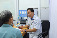 HCM City hospital provides free screening for colorectal cancer