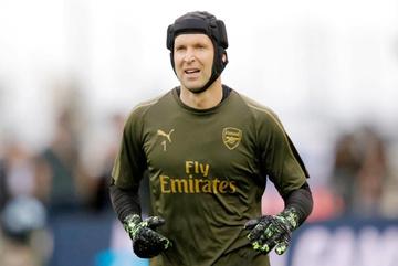 HLV Arsenal: Petr Cech sẽ bắt chính trước Chelsea