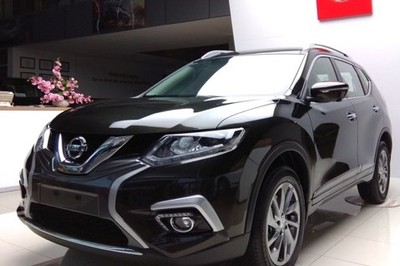 Giá ô tô vẫn giảm sốc, hạ tới 140 triệu trong tháng 6