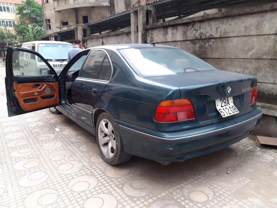 Xe sang BMW giá chỉ hơn 99 triệu