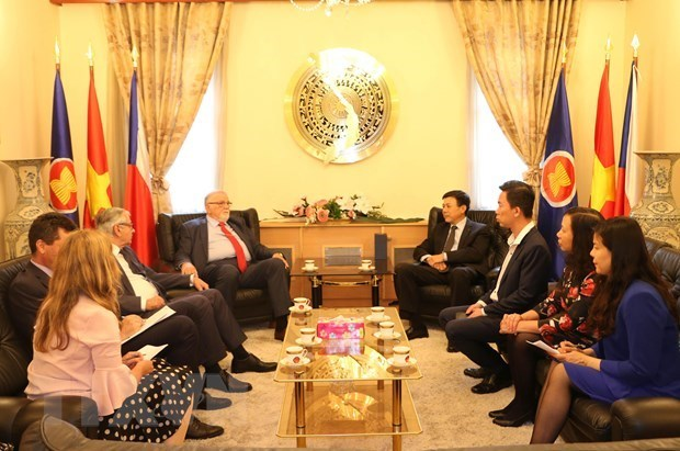 Vietnam, Czech Republic bolster economic cooperation