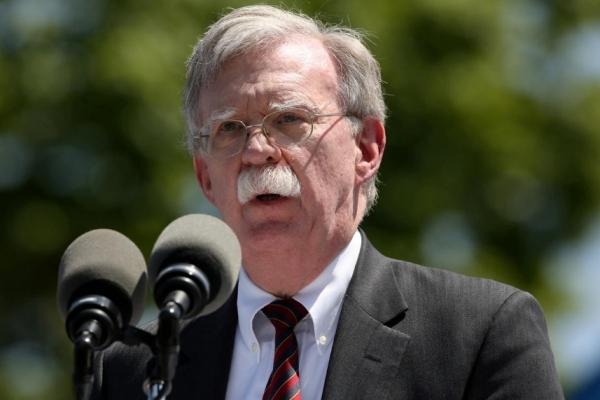 Cố vấn an ninh Mỹ nói đe dọa từ Iran chưa kết thúc