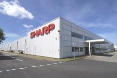 Sharp tính chuyển sản xuất máy tính cá nhân từ TQ tới VN
