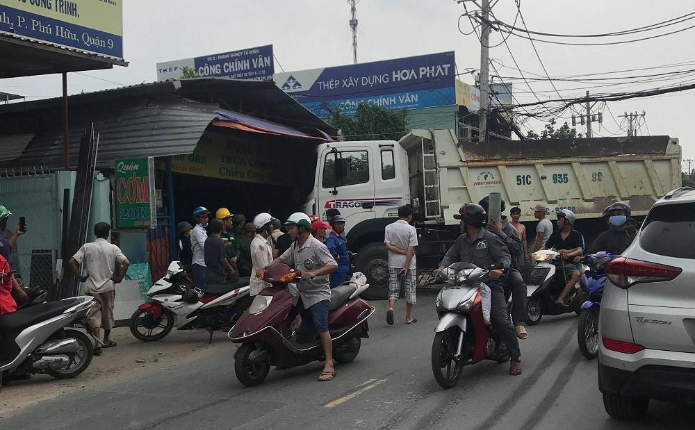 Tai Nạn Giao Thông,Tai Nạn,Sài Gòn