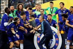 Chelsea giành Europa League: Sarri và đại tiệc màu Xanh